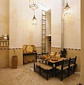 Der schlichte Küchenraum eines Hotels im orientalischen Raum