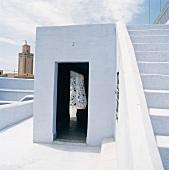 Typische, traditionelle Architektur des Orients, hier mit weisser Fassade