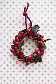 A wreath of St. Johns Wort berries