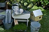 Garden ornaments (buckets, birdhouses, etc)