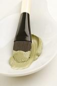 Algae and meerschaum facial mask