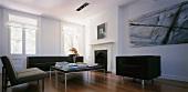 Moderne Wohnraumeinrichtung im klassischen Ambiente