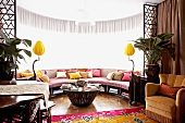 Semicircular living room extension with built-in sofa
