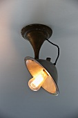 Vintage ceiling lamp with metal bracket