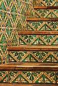Detail tile staircase and wall