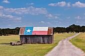 Barn Painted as the Texas Flag