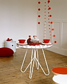 Contemporary Christmas decorations and table setting