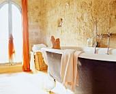 Free-standing bathtub in Château Maignaut (Pyrenees, France)