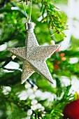Sternförmiger Christbaumanhänger