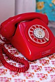Red, retro telephone