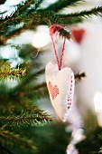 Heart-shaped Christmas tree decoration