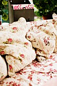 Nostalgic floral bedspread and matching cushions