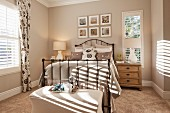 Bedroom in natural shades; Rancho Mission Viejo; California; USA