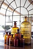 Vintage Apothekerflaschen in verschiedenen Grössen