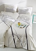 Hand-sewn bed linen with dill flower print