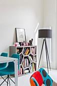 Pop Art Wohnzimmer mit bunten Designermöbeln