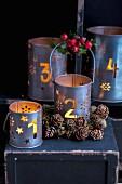 Windlichter aus Metall als Weihnachtsdeko