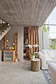 Loungebereich mit Betonflair