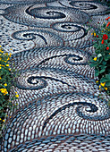 Mosaic walk by Maggy Howarth
