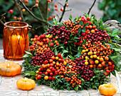 Wreath of berry jewelery