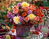 Rosa 'Versilia' (Rose), Rosehips, Dahlia (Dahlias)