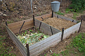 Two-part composting, with older and fresh material