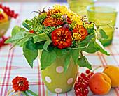 Zinnia Biedermeier Bouquet