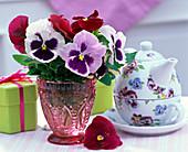 Viola wittrockiana (Pansy) bouquet