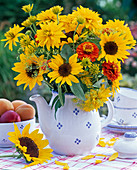 Late summer bouquet with Helianthus, Heliopsis