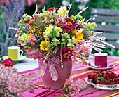 Tie late summer bouquet