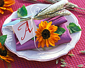 Napkin Decoration with Helianthus (Sunflower), Hordeum (Barley)