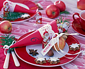 Make red bags for Santa Claus