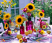 Table decoration with Helianthus, Cosmos