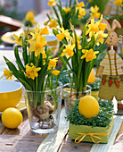 Easter table decoration with daffodils