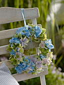 Wreath made of hydrangea 'Endless Summer' and 'Forever'