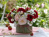 Rose, Malva (Mallow), Matricaria chamomilla (Chamomile)