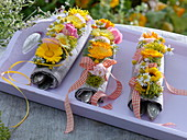 Small herb garlands as napkin deco