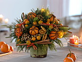 Fruity bouquet with tangerines, orange slices