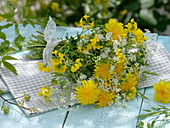 White-yellow meadow bouquet