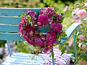 Heart of filled and simple Rose, hydrangea