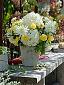 White-yellow bouquet with Hydrangea, Rosa and Dahlia