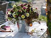 Late Summer Bouquet, Callistephus (Sommeraster), Rosehips (Rosa)