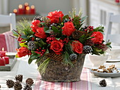 Red-Green Christmas Bouquet, Pink (Red Roses), Skimmia