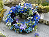 Blue spring wreath from muscari, anemone blanda