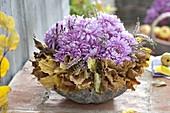 Bouquet made of chrysanthemum (autumn chrysanthemum) and calluna