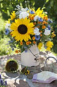 Summer bouquet, Helianthus (sunflower), Phlox