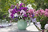 Tie fragrant phlox bouquet