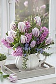 Fragrant spring bouquet with Tulipa 'Flaming Flag' (tulip)