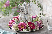 Zinnia wreath, hydrangea