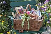 Gift basket for a garden lover, tulipa (tulip bulbs)